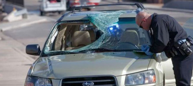 Car crash Broken Windshield
